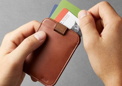 distil-union-wally-sleeve-wallet-feature-cards